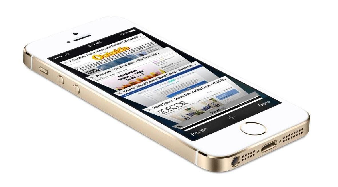 8 доступных смартфонов, которые не стыдно подарить на Новый год